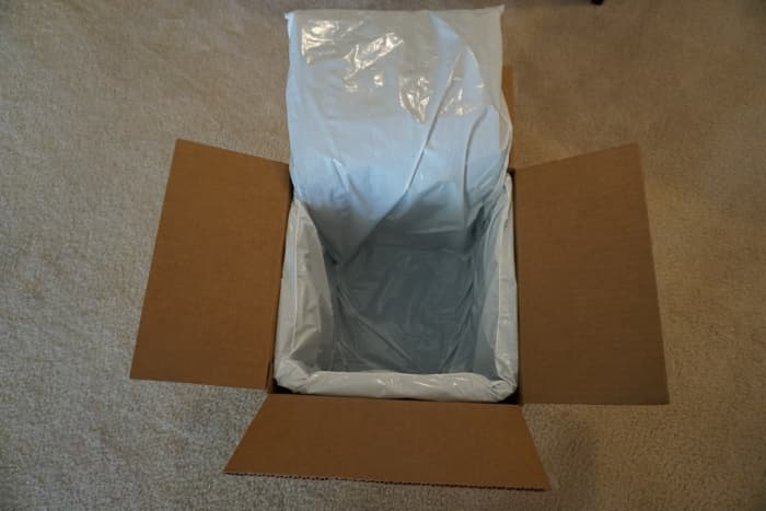 The box arrives with a layer of insulation to keep the ingredients cold during transit.
