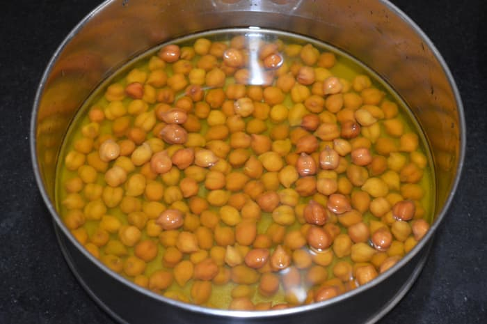 Step one: Soak the chickpeas in water for 8 hours or overnight.