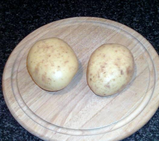 Medium sized baking potatoes for making chips
