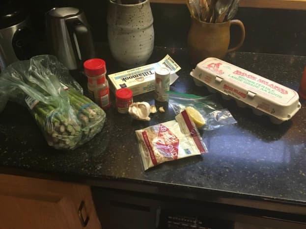 asparagus-in-a-lemon-egg-and-garlic-sauce-recipe