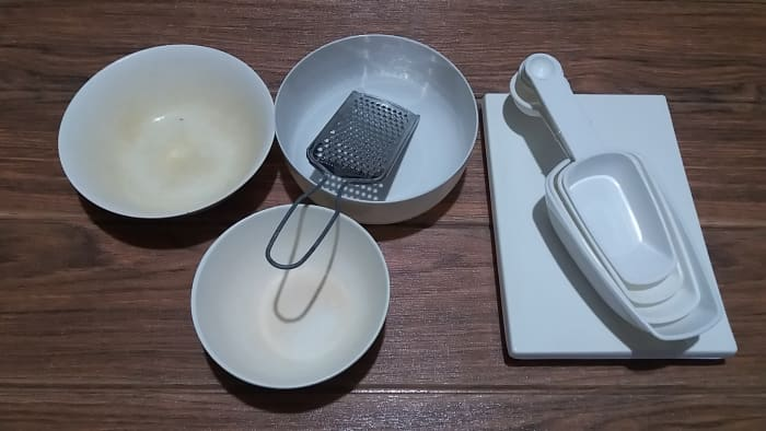 utensils in preparing the ingredients for the dip