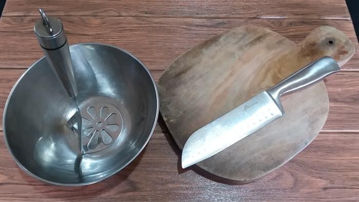 Utensils for preparing pitahaya jelly
