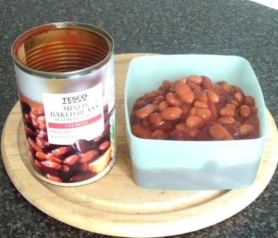 Five bean types in tomato sauce