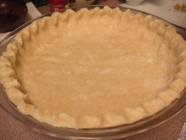 Prepared uncooked pie crust