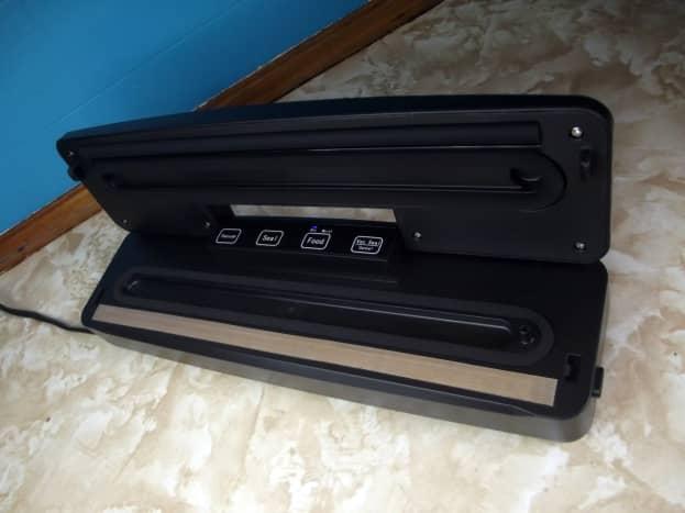 Slaouwo V2 Vacuum Sealer.