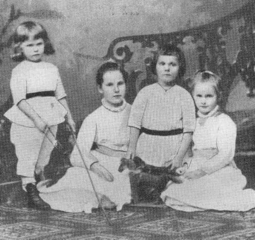 August Clemens with some of his siblings.