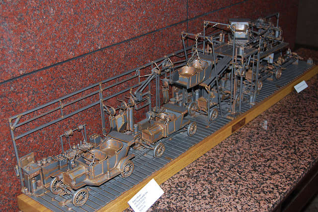A diorama of the Model T assembly line. Model T Ford cars were manufactured from 1908 to 1927, and had no car fires, as far as I know.