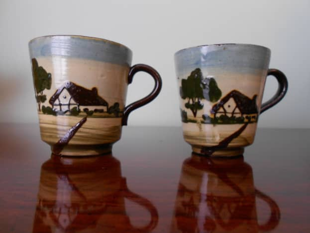 Motto ware is still very popular and people specifically collect cottage ware with mottoes
