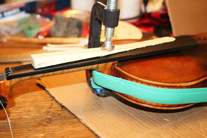 Clamping the neck with a C-clamp