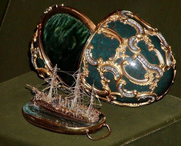 Memory of Azov Egg, (August 2003)