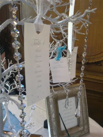 Crystals add some shimmer to an already classy tree.
