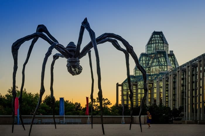 Sculpture of a spider mother by Louise Bourgoise