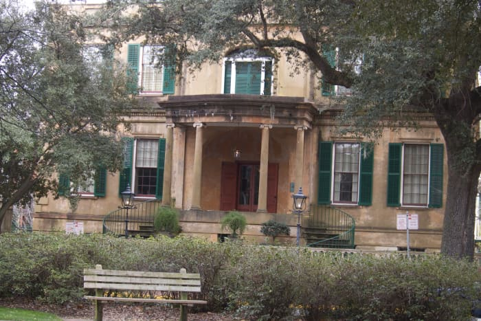 One of the beautiful homes of Savannah