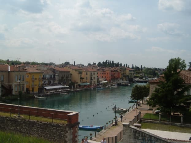 A view over the moat towards the main bridge in Peschiera.