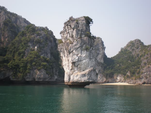 Halong Bay's Sculptures. Theincredible  wind erosion marvels you can see at Halong Bay, Vietnam.