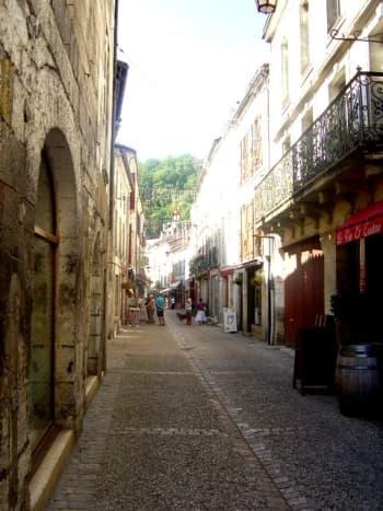 Brantome town centre