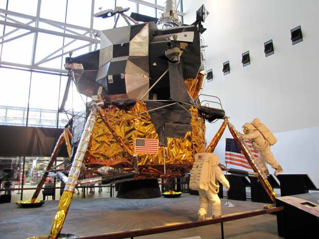 The Luna Lander