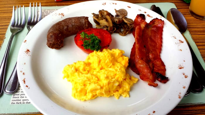Delicious breakfast. Eggs were always perfect to how we wanted them.