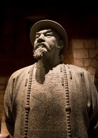 Lin Zexu, a pivotal figure in Hong Kong history. Located at the heart of Gallery 5.