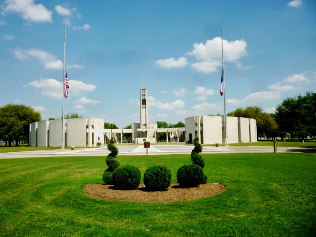 Special Albert Thomas grave site in front of Hemicycle monument at Houston National Cemetery