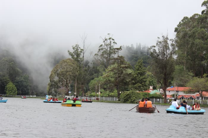 Kodai lake covered with mist