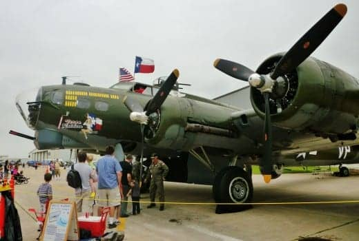 People waiting to tour the B-17