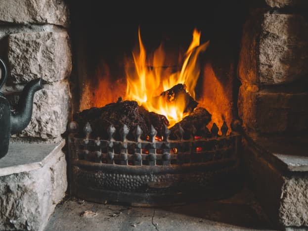 Use the fire to prepare your recipes.