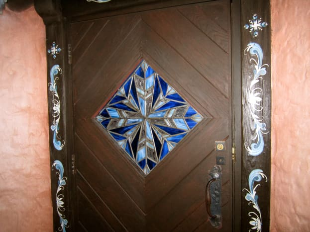 The stained glass on the door.
