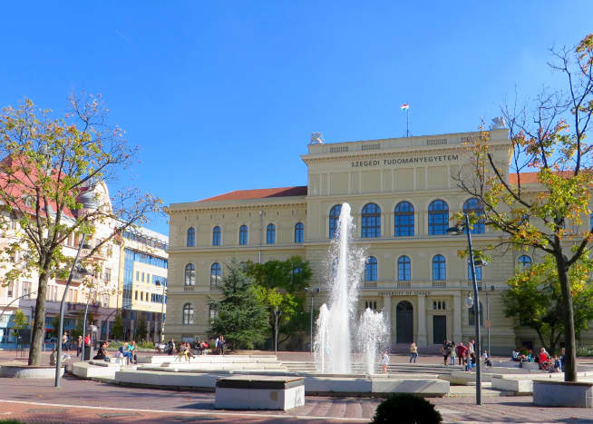 Szeged University and fountain in Dugonics Square