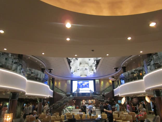 The Norwegian Jade's Atrium has a relatively low ceiling and does not look as dramatic as the atria of some other cruise ships, giving off more of a cozy feeling instead.