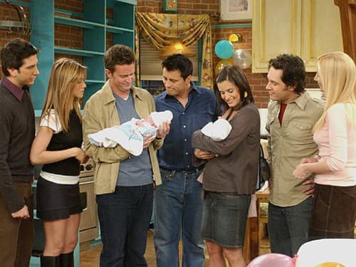 Courtney Cox's pregnancy had to be hidden because Monica and Chandler couldn't conceive.