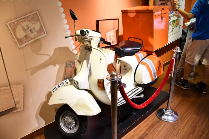 A Singaporean postal delivery scooter from the 80s.
