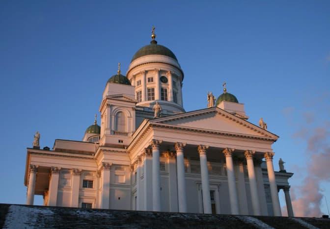 Tuomiokirkko, a.k.a. the White Church