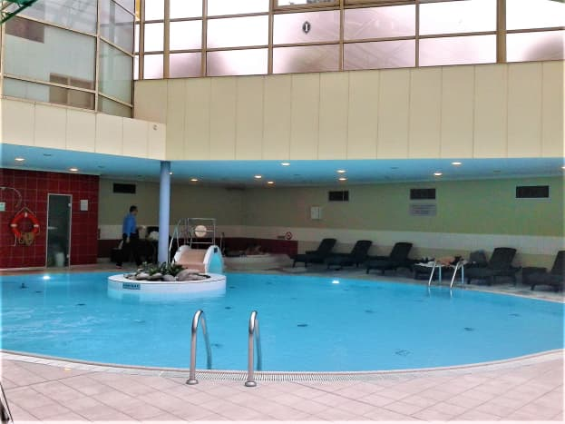 The leisure pool.