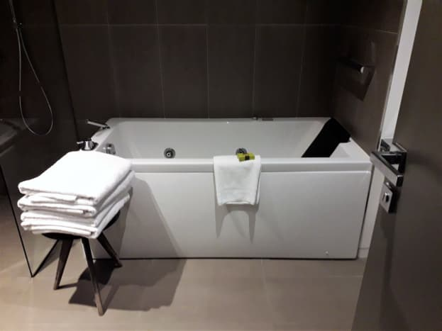 Jacuzzi bath.