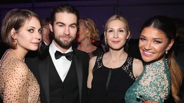 Chace Crawford, Kelly Rutherford and Jessica Szohr