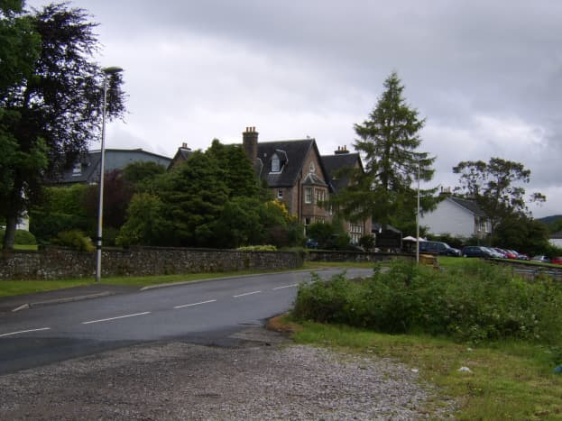 The Loch Fyne Hotel from the top of the track