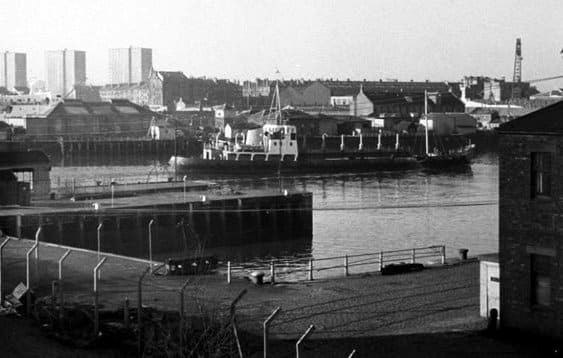 the docks (the clyde)