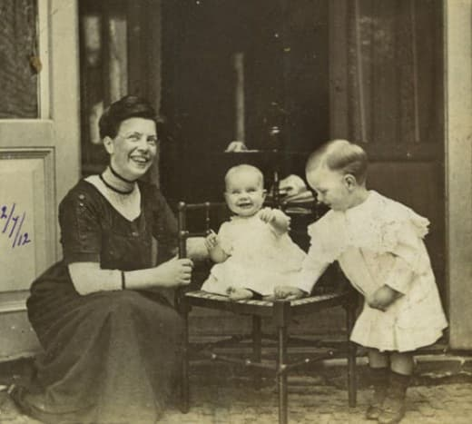 Synco with his mom and sister Heleen