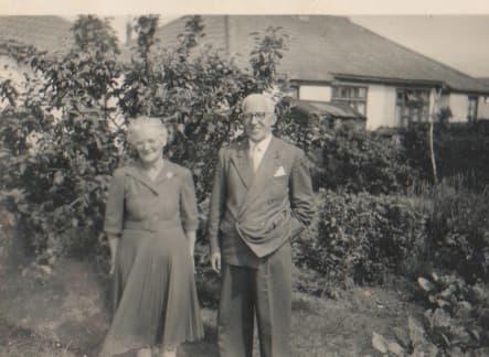 family-tree-a-series-of-photos-of-remembered-grandparents-what-stories-could-they-tell-question-while-you-can