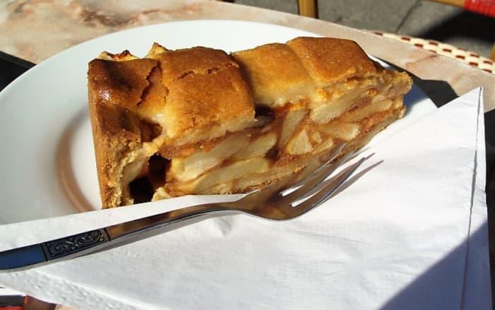 Dutch appeltaart.