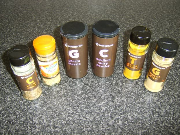 Spices for this bhuna chicken leg recipe