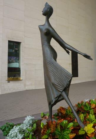 The Dancer sculpture by Marcello Mascherini