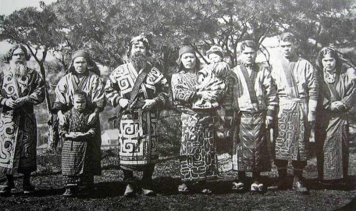 The Ainu constructed a type of totem pole in the north of Japan. Northern Asians are linked to North American Natives.