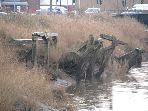 Old, sadly derelict, moorings