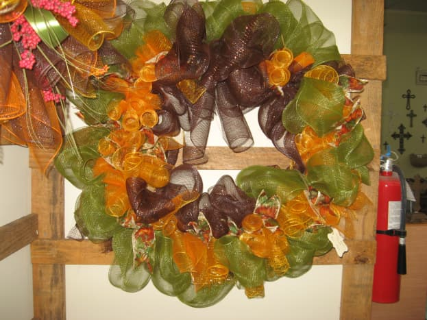 My very first mesh wreath.
