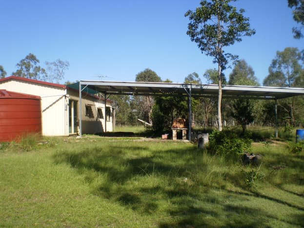 Mechano shed and carport