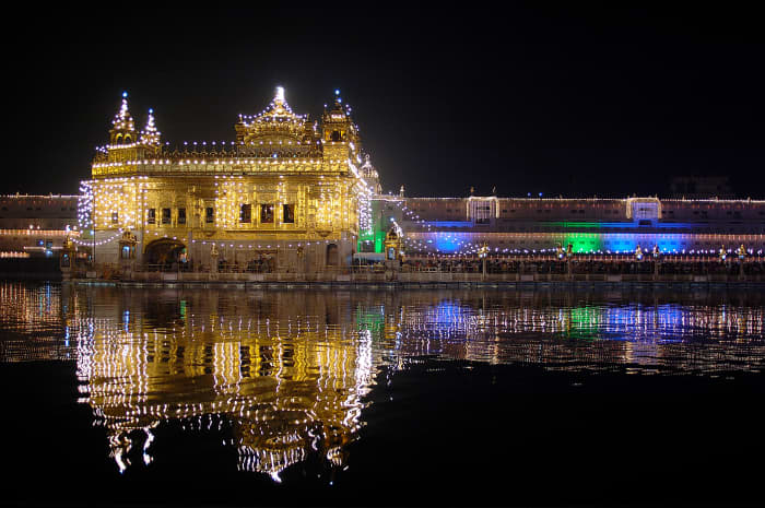 The Golden Temple lit on the occasion of Guru Nanak Dev Ji's birthday celebrations