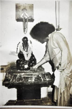 Swami visited the Guindy temple several times. One can feel the powerful vibrations in the temple.