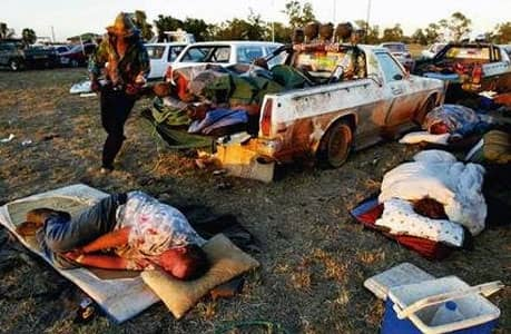 Young country Australians have a night of partying in the outback. With the festivities beginning in the evening and running through till the sun rises, prepare yourself for a big night.